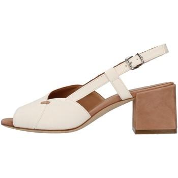 Topánky Ženy Sandále Tres Jolie 2011/BETH WHITE