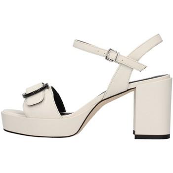 Topánky Ženy Sandále Tres Jolie 2084/NORA WHITE