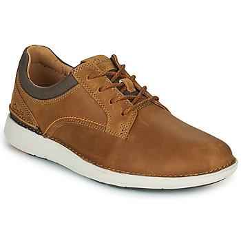 Topánky Muži Derbie Clarks LARVIK TIE Ťavia hnedá
