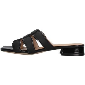 Topánky Ženy Šľapky Luciano Barachini GL292A BLACK