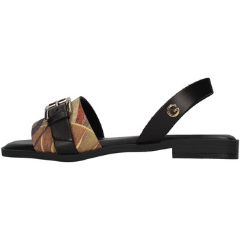 Topánky Ženy Sandále Gattinoni PEGAF6171WH WHITE