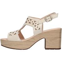 Topánky Ženy Sandále CallagHan 28701 WHITE
