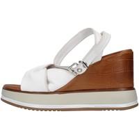 Topánky Ženy Sandále Inuovo 766011 WHITE