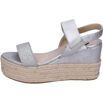 Topánky Ženy Sandále Energy Sandále BH199 Strieborná