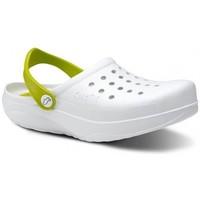 Topánky Muži Nazuvky Feliz Caminar Zuecos Sanitarios Kinetic - Biela