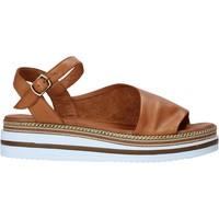 Topánky Ženy Sandále Bueno Shoes 21WS4203 Hnedá