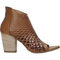 Topánky Ženy Sandále Bueno Shoes 21WL3700 Hnedá