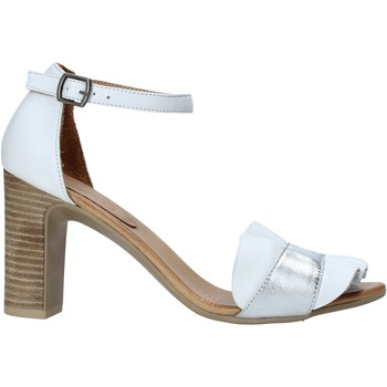 Topánky Ženy Sandále Bueno Shoes 21WN4300 Biely