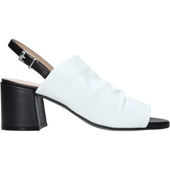 Topánky Ženy Sandále Carmens Padova 45416 Biely