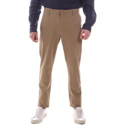 Oblečenie Muži Nohavice Chinos a Carrot Dockers 55775-0000 Béžová