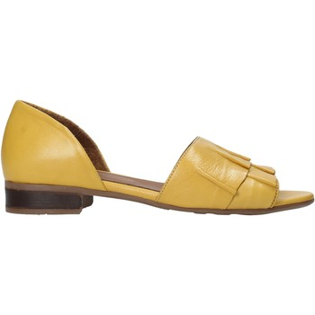Topánky Ženy Sandále Bueno Shoes 21WN5100 žltá