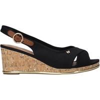 Topánky Ženy Sandále Wrangler WL11653A čierna