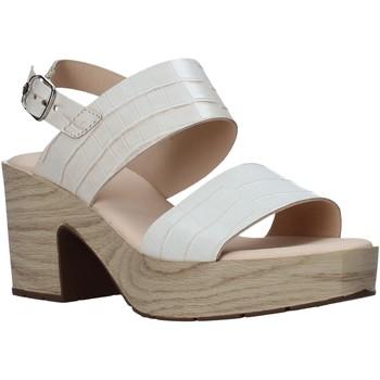 Topánky Ženy Sandále CallagHan 28700 Béžová