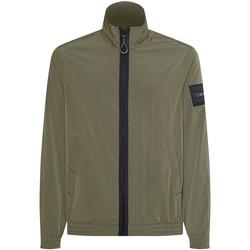Oblečenie Muži Bundy  Calvin Klein Jeans K10K106846 Zelená