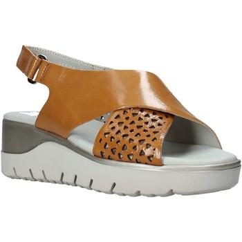 Topánky Ženy Sandále CallagHan 26508 Hnedá