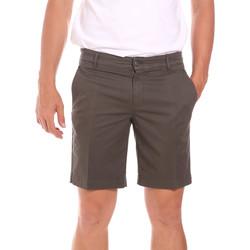 Oblečenie Muži Šortky a bermudy Colmar 0864T 8SP Hnedá
