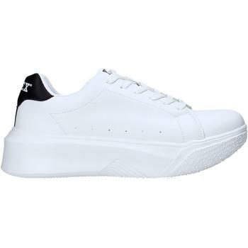 Topánky Muži Nízke tenisky Pyrex PY050130 Biely