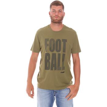 Oblečenie Muži Tričká s krátkym rukávom Diadora 102175854 Zelená