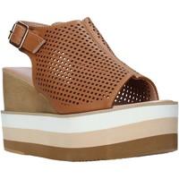 Topánky Ženy Sandále Onyx S20-SOX757 Hnedá