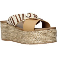 Topánky Ženy Šľapky Gold&gold A21 GK98 Béžová