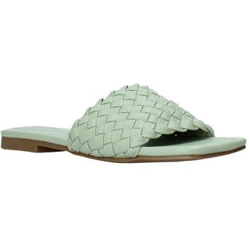 Topánky Ženy Šľapky Gold&gold A21 GY223 Zelená