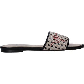 Topánky Ženy Šľapky Manila Grace S622LP Béžová