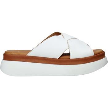 Topánky Ženy Šľapky Sshady L2206 Biely