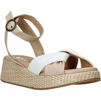 Topánky Ženy Sandále Sshady L2401 Béžová