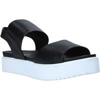 Topánky Ženy Sandále Sshady MRT80 čierna