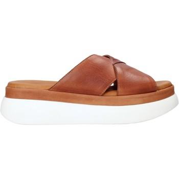 Topánky Ženy Šľapky Sshady L2206 Hnedá