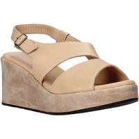 Topánky Ženy Sandále Sshady L2502 Béžová