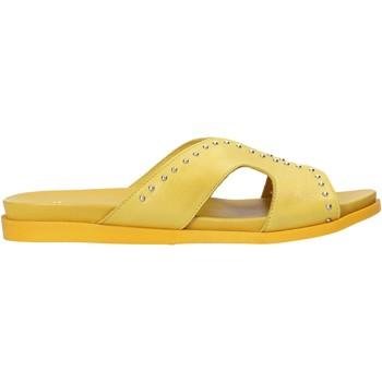 Topánky Ženy Šľapky Sshady MRT233 žltá