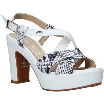 Topánky Ženy Sandále Valleverde 32520 Biely
