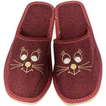 Topánky Ženy Papuče John-C Dámske ľanové bordové papuče KITTY bordová