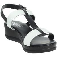Topánky Ženy Sandále Novaflex ACERENZA White/Black