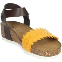 Topánky Ženy Sandále Novaflex AGLIENTU Mustard