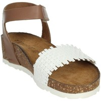 Topánky Ženy Sandále Novaflex AGLIENTU White
