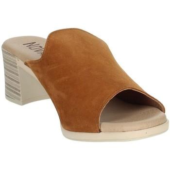 Topánky Ženy Šľapky Novaflex BARBERINO Brown leather