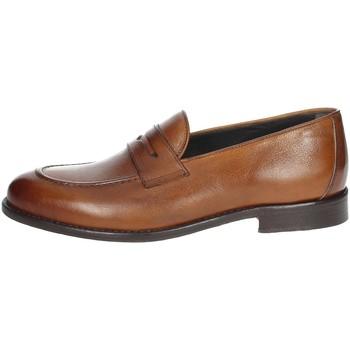 Topánky Muži Mokasíny Veni DP009 Brown leather