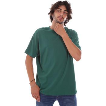 Oblečenie Muži Tričká s krátkym rukávom Invicta 4451244/U Zelená