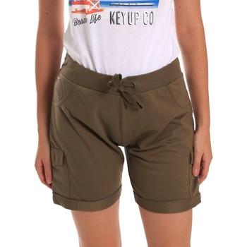 Oblečenie Ženy Šortky a bermudy Key Up 5G75F 0001 Zelená