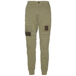 Oblečenie Muži Nohavice Cargo Aeronautica Militare 201PF743J21707 Olivová