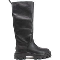 Topánky Ženy Čižmy do mesta Gold&gold B21 GB190 čierna