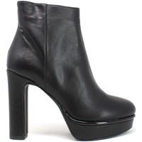 Topánky Ženy Čižmičky Grace Shoes 5202006 čierna