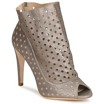 Topánky Ženy Čižmičky Bourne RITA Strieborná