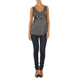 Oblečenie Ženy Džínsy Slim Diesel SKINZEE L.32 TROUSERS Modrá