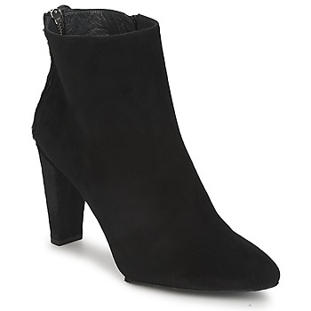 Topánky Ženy Polokozačky Stuart Weitzman ZIPMEUP Čierna