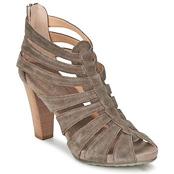 Topánky Ženy Sandále Janet Sport RILLAMA šedá