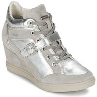 Topánky Ženy Členkové tenisky Geox ELENI C Strieborná