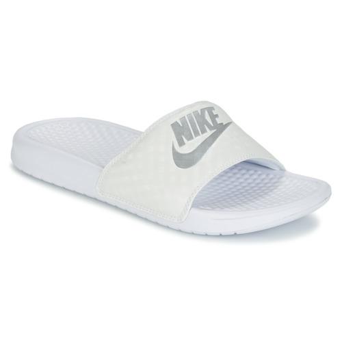 586a7689dd Nike BENASSI. 26.00. Topánky Ženy športové šľapky Nike BENASSI JUST DO IT  ...
